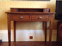 Antique Style Desk, Excellent condition.