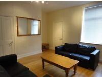 ROOMS TO LET PROFESSIONALS £85pw ALL BILLS PAID INCLUDING COUNCIL TAX