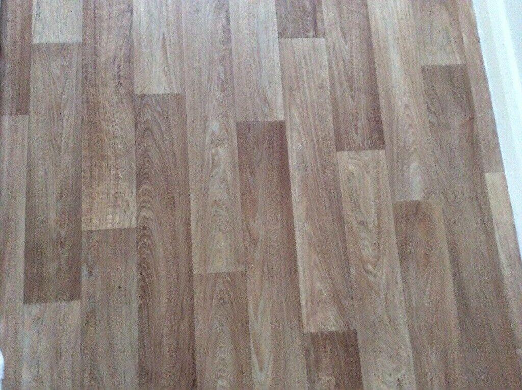Roll Of Vinyl Cushion Flooring Wood Effect Oak In Kingsteignton