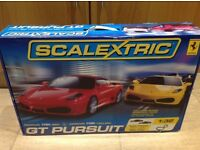 Scalextric GT pursuit, Ferrari F430 red vs F430 yellow, used but in good condition in original box