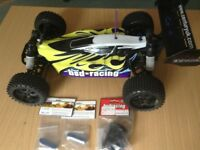 BSD ASSAULT FLUX Brushless Electric R/C Buggy Model + Extras