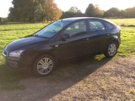 2005 focus Ghia 1.6 5 door hatchback.