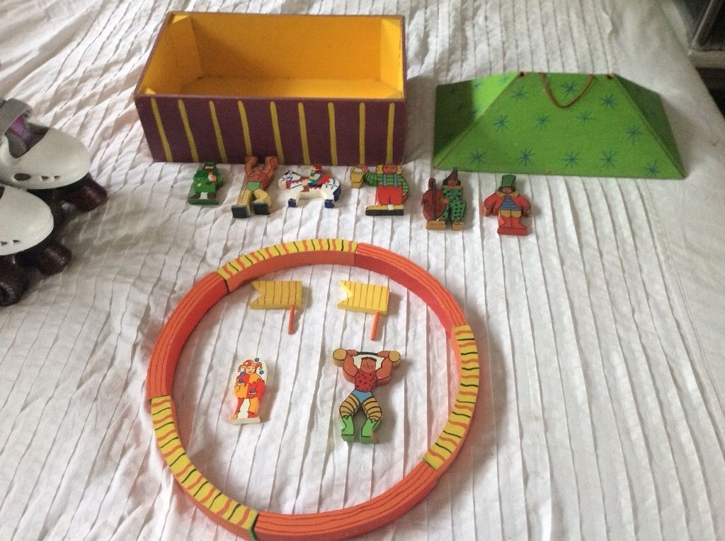 Vintage circusin Brighton, East SussexGumtree - Lovely old wooden toy My daughter is clearing out her room so check out my other items for sale
