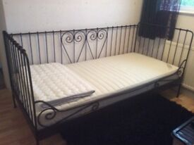 Single day bed with mattress and mattress cover in excellent condition from non smoking home