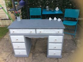 Beautiful shabby chic dressing table/desk/hallway console,solid wood