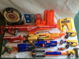 Nerf bundle, great condition , lots of accessories