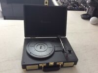 Goodmans Portable Turntable - black