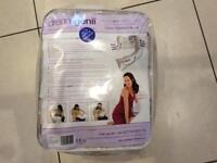 Dreamgenii pregnancy support and feeding pillow with cream wool cover