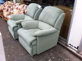 EXCELLENT CONDITION!!! Extremely comfy lounge chair armchair