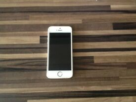 iPhone 5s 16gb Gold excellent condition