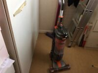 Vax vacuum cleaner light weight very good condition
