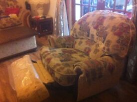 Recliner chair/arm chair and coffee table