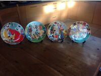 Disney plates set of 12 very collectable
