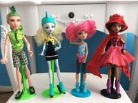 21 monster high dolls ..smoke pet free home excellent cond as only on display in my 11yr olds room