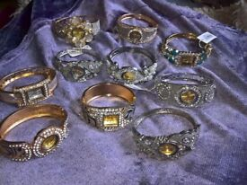 joblot of 10 brand new Ladies bracelet watches with batterys