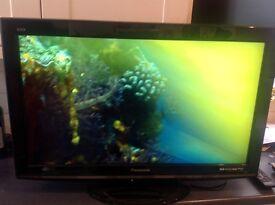 "Panasonic Viera 32"" flatscreen TV FREE LOCAL DELIVERY!"