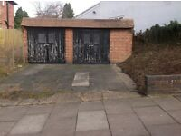Double Garage with 2 car parking spaces