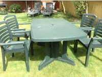 Garden Furniture Table and four chairs