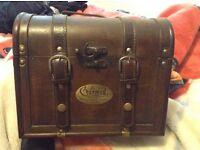 Charmed box set, chest