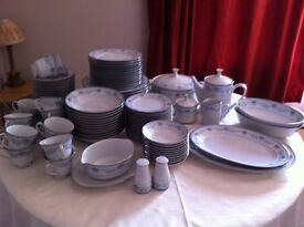 Noritake Blue Hill Dinner Service