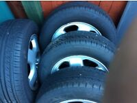 4 X 195/65/15 TYRES WITH FREE VECTRA ALLOYS