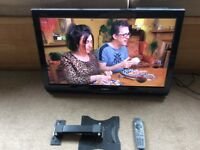 """Sharp Aqous 32"""" HD LCD tv with freeview and wall hanging bracket"""