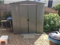 "GARDEN SHED, METAL WITH SLIDING DOORS, 5'6"" X 5'6"" X 5'6"". READY DISMANTLED TO TAKE AWAY"