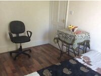 Double room for single occupancy and no agency fee