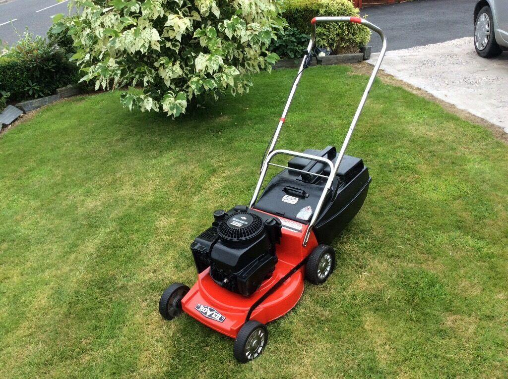 Rover Thoroughbred Petrol Lawnmower Quantum Xm 35 Briggs