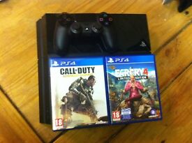 PS4 500Gb and 2 Games