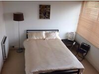 SPECIOUS DOUBLE ROOM IN WEST LONDON
