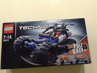 Lego Technic 42010 Motorised Off-road Racer