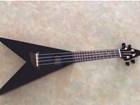 Black Mahalo V Shaped Ukulele - Comes with beginners book & Carry case