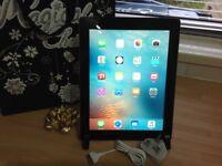 iPad 3 16GB Wifi + Cellular (EE)