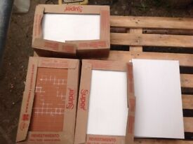 Free bathroom ceramic white tiles