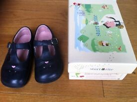 Start-Rite Bubble girls' navy leather shoes (pink hearts details) - Infant UK 5.5F