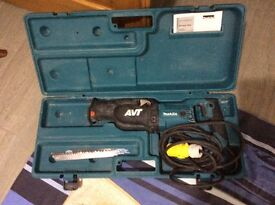 Makita heavy duty reciprocating saw in good condition 110 volt