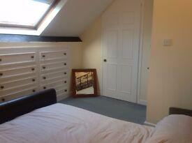 Double Room with walk in wardrobe