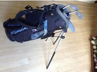 US Kids golf clubs, bag and trolley