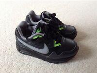 Kids genuine Nike air max trousers uk8.5