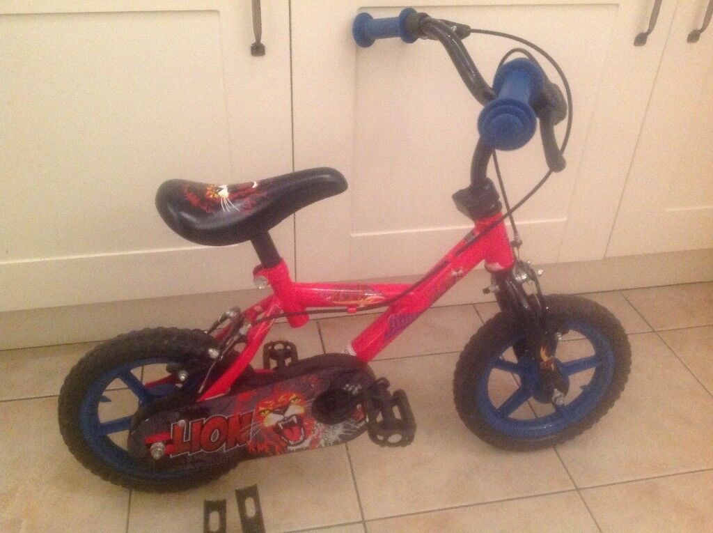Boys 12 inch Bike with Stabilisers age 3-5 years