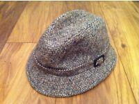 Vintage womens hat, wool