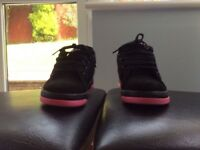 Heelys Propel 2.0 Black / Hot Pink size 1
