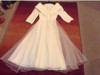 Cream size 14 Affinity vintage wedding dress