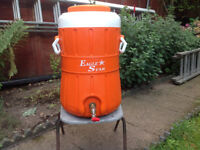 25 Litre Food and Drinks container keeps it hot or cold
