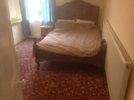 Double room to let £85 PW