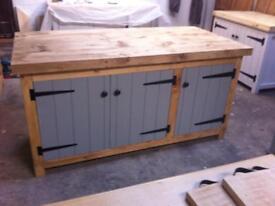Freestanding solid wood kitchen island breakfast bar centre piece