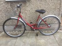 RALEIGH LADIES BIKE FOR SALE-EXCELLENT CONDITION-FREE DELIVERY