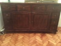 Sideboard Willis & Gambier Large Solid Mahogany (very heavy )