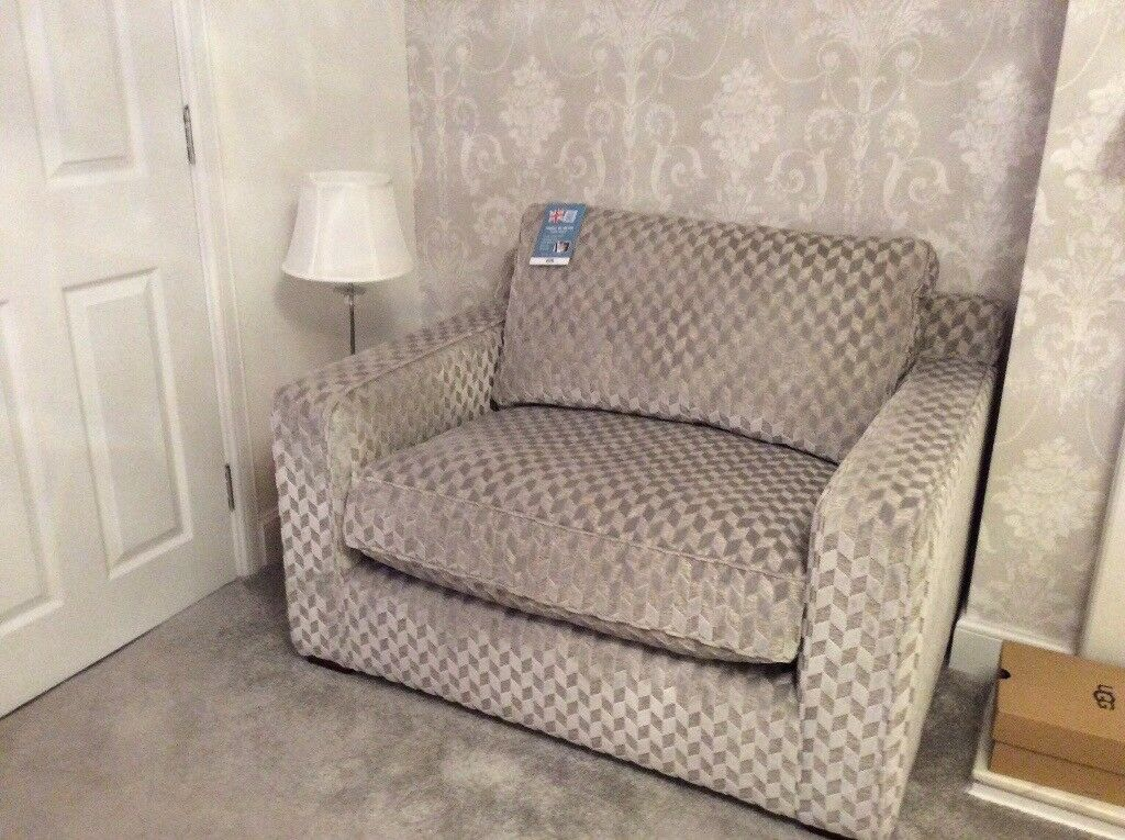 Cuddle Chair One And Half Seat Small Couch In Chryston Glasgow Gumtree